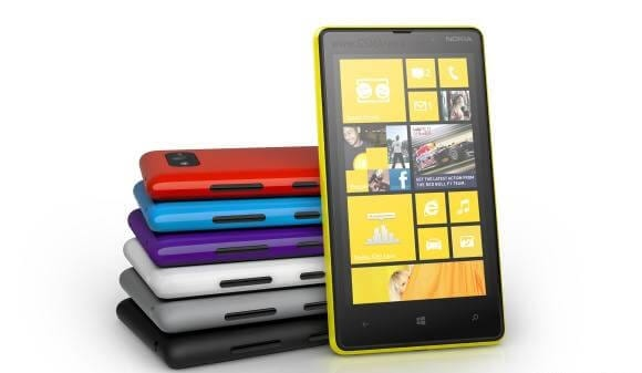 Nokia_Lumia_820