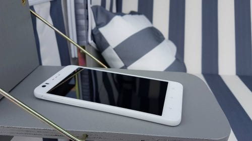HTC Desire 825 (2)