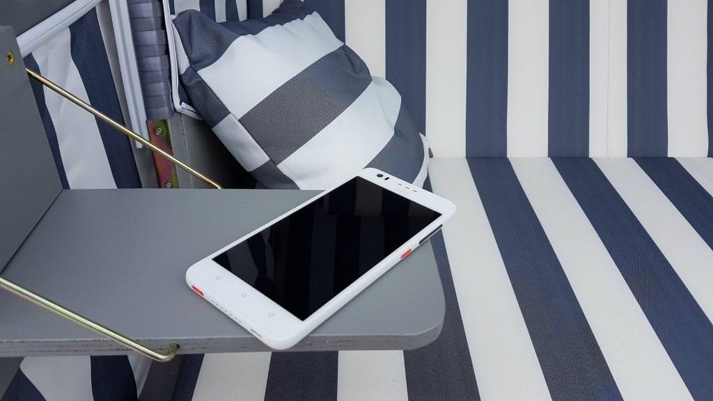 HTC Desire 825 (3)
