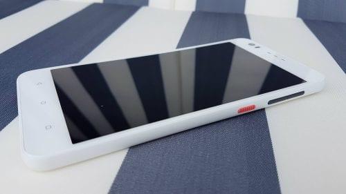 HTC Desire 825 (6)