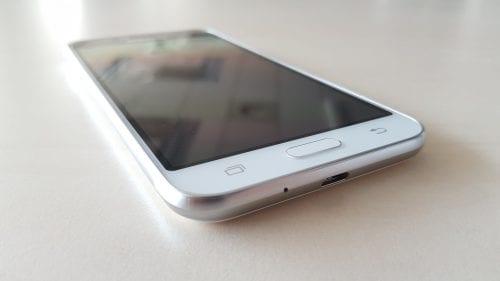 Samsung Galaxy J3 2016 (3)